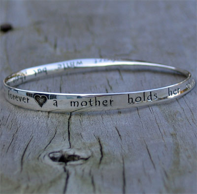 Mother's Heart Bracelet