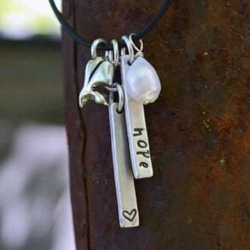 romans-15-13-necklaceLG